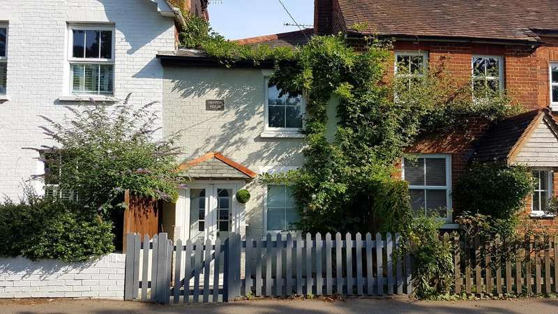 2 Bedrooms House for sale in Forest Road, Berkshire, RG42