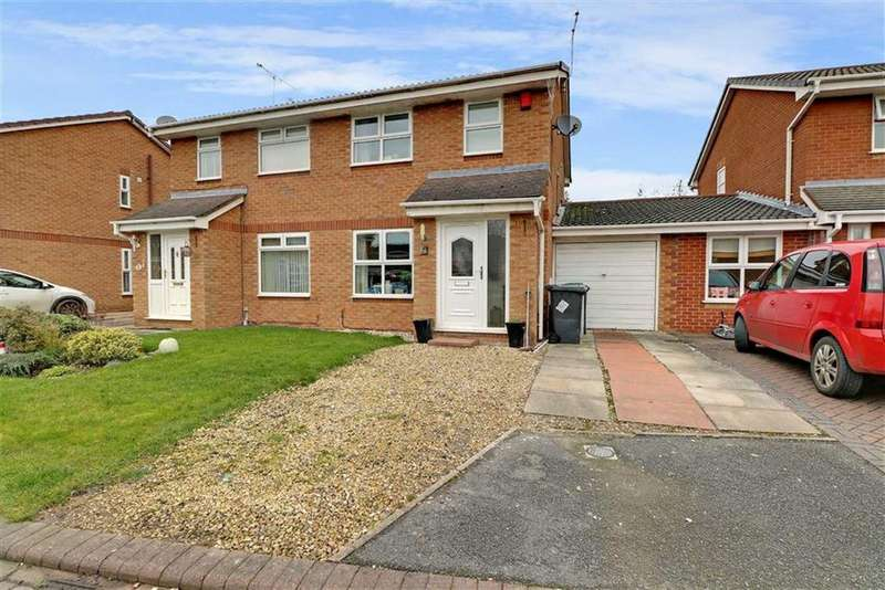 3 Bedrooms Semi Detached House for sale in Lambourn Drive, Crewe