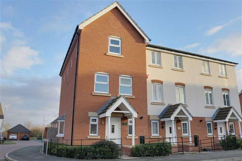 3 Bedrooms Town House for sale in Abbey Park Way, Wychwood Village, Crewe