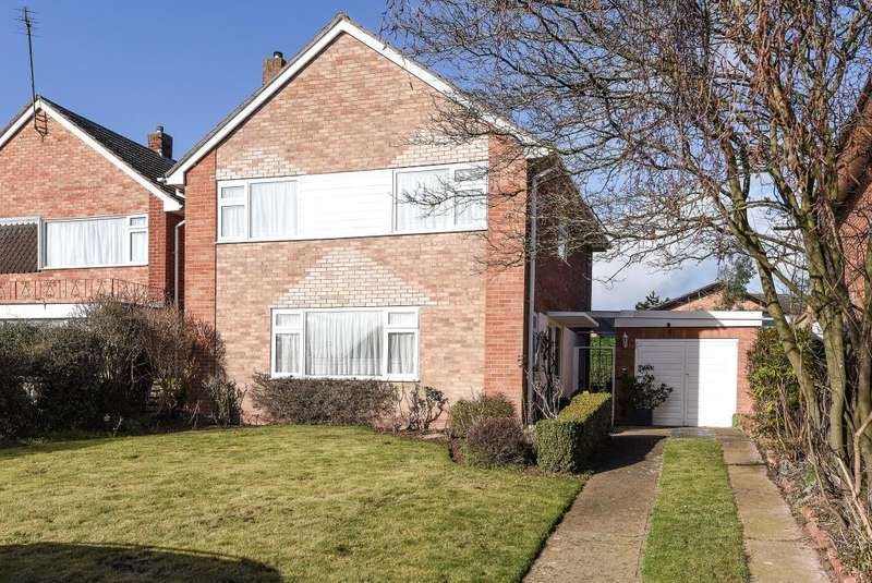 4 Bedrooms Detached House for sale in Venns Lane, Hereford, HR1