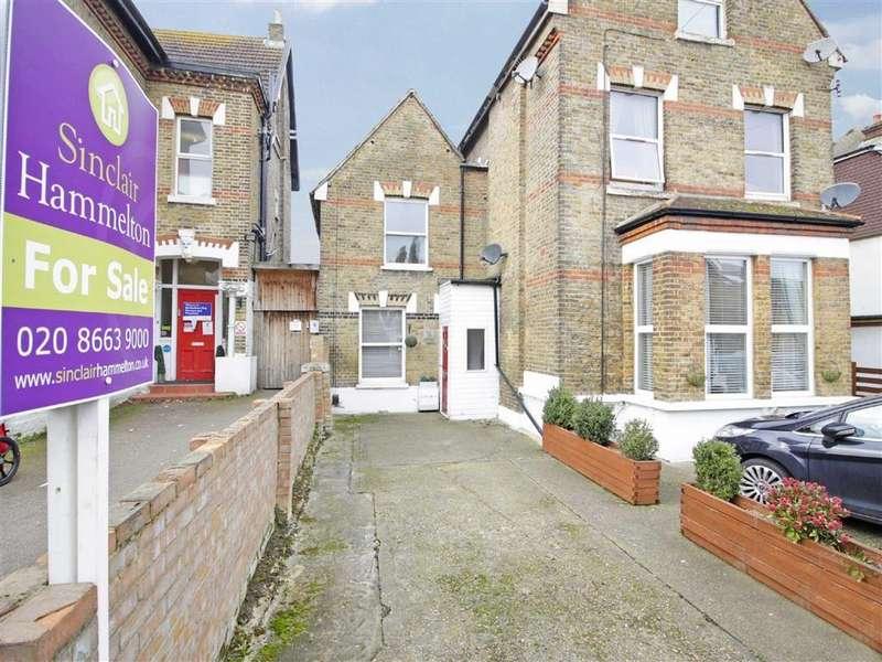 2 Bedrooms Semi Detached House for sale in Langley Road, Beckenham, Kent