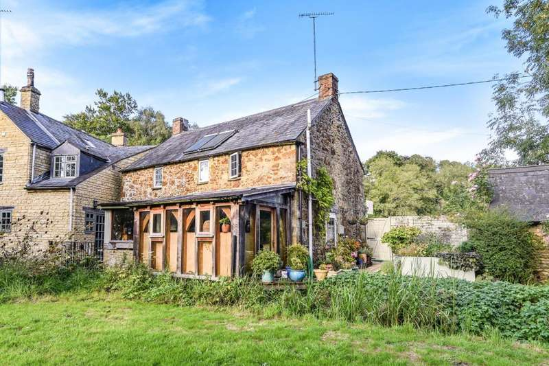 3 Bedrooms Cottage House for sale in Enstone, Oxfordshire, OX7