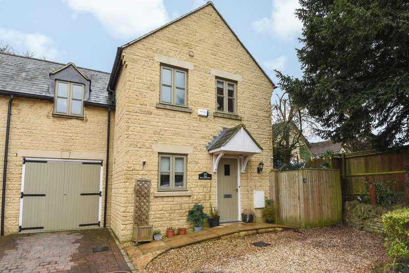3 Bedrooms House for sale in Enstone, Oxfordshire, OX7