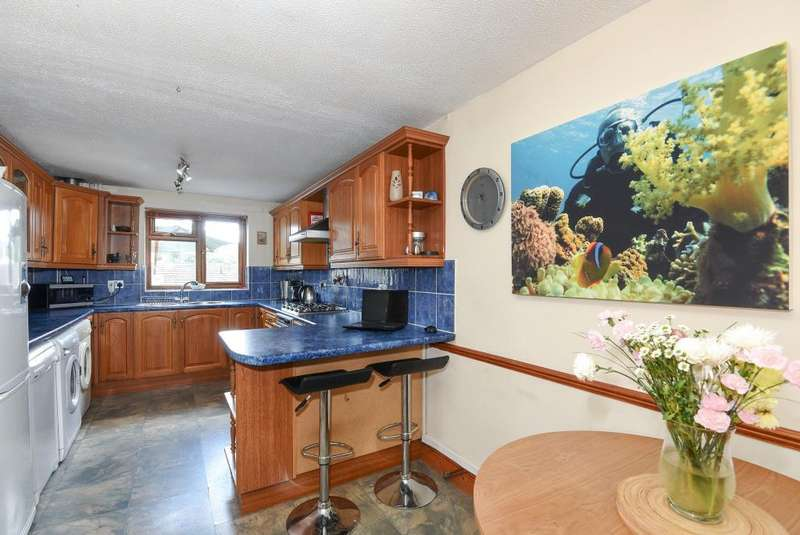 3 Bedrooms House for sale in Ithon Close, Llandrindod Wells, LD1