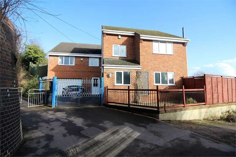 4 Bedrooms Detached House for sale in Southcote Farm Lane, Reading, Berkshire