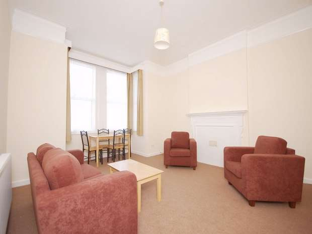 2 Bedrooms Flat for sale in Harlesden Gardens, Harlesden, London