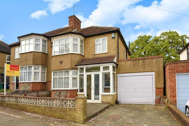 3 Bedrooms House for sale in Hillside Gardens, Barnet, EN5