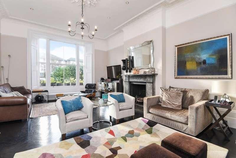 3 Bedrooms Maisonette Flat for sale in Haverstock Hill,, Belsize Park, NW3