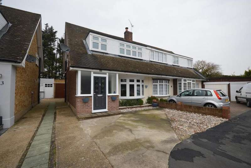3 Bedrooms Semi Detached House for sale in Denbigh Close, Hornchurch, Essex, RM11