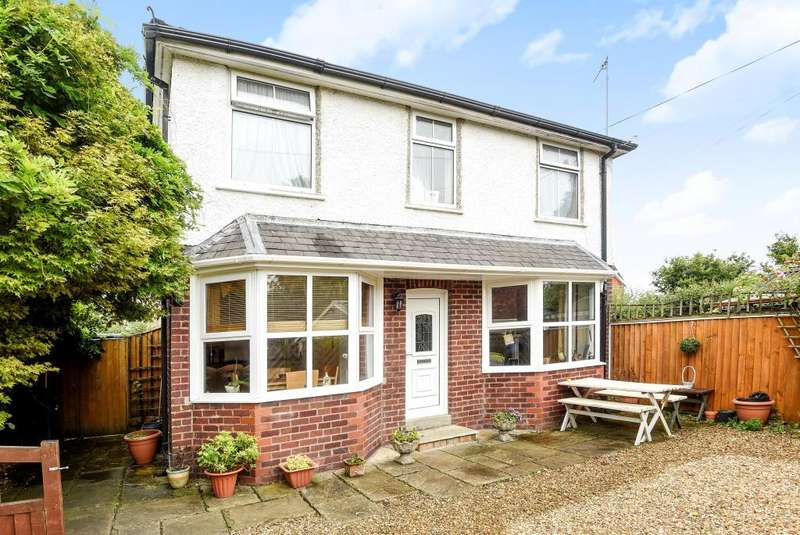 3 Bedrooms Cottage House for sale in Craig Road, Llandrindod Wells, LD1