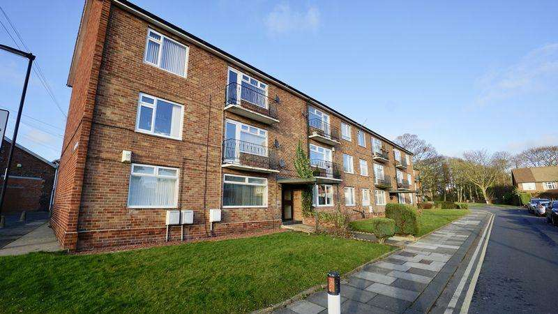 2 Bedrooms Apartment Flat for sale in Manor Walk Benton