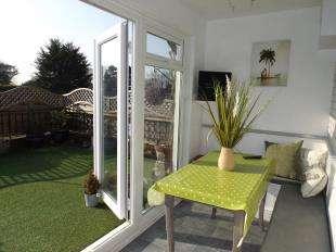 2 Bedrooms Maisonette Flat for sale in Bankside, 128 Middleton Road, Middleton On Sea, West Sussex