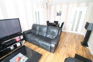 1 Bedroom Flat for sale in Birch Court, 50 Thicket Road, Sutton, Greater London