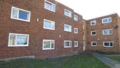 1 Bedroom Flat for sale in Barking, Essex