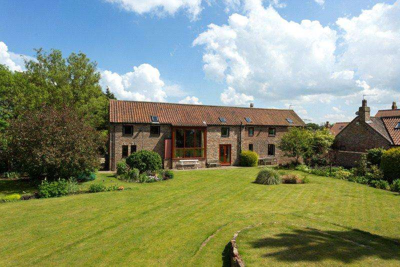 5 Bedrooms House for sale in Hull Road, Wilberfoss, York, East Yorkshire, YO41