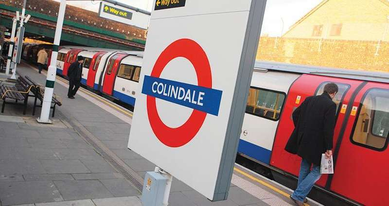 2 Bedrooms Flat for sale in Colindale Avenue, Colindale Gardens, London, NW9 5JE