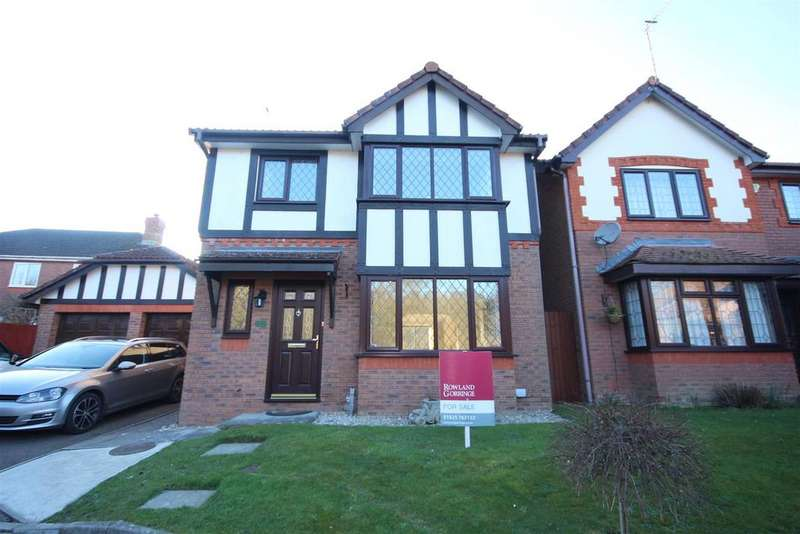3 Bedrooms Detached House for sale in Eagle Close, Uckfield