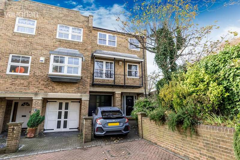 4 Bedrooms End Of Terrace House for sale in St Marys Square, Brighton, BN2