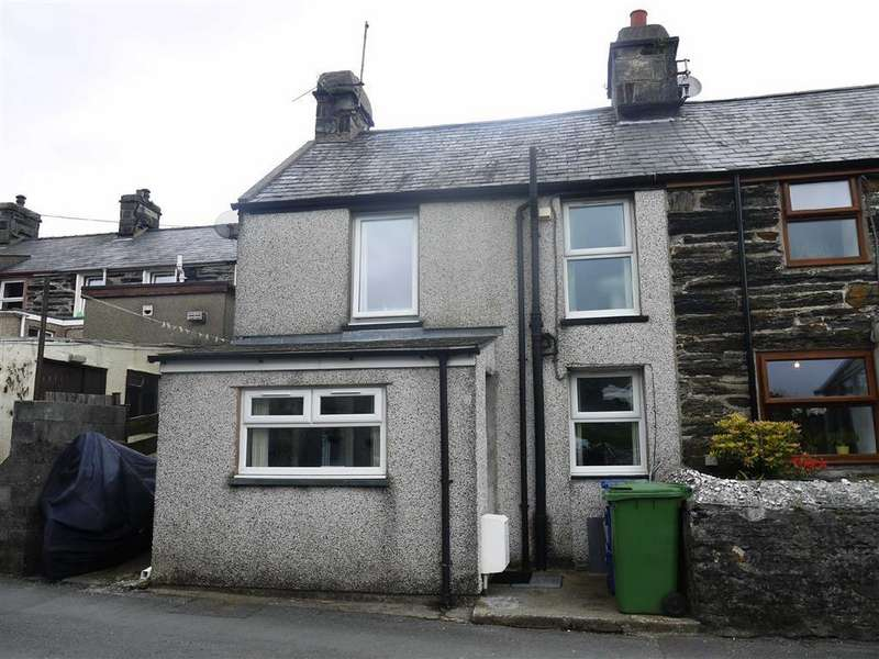 2 Bedrooms Terraced House for rent in Penrhyndeudraeth