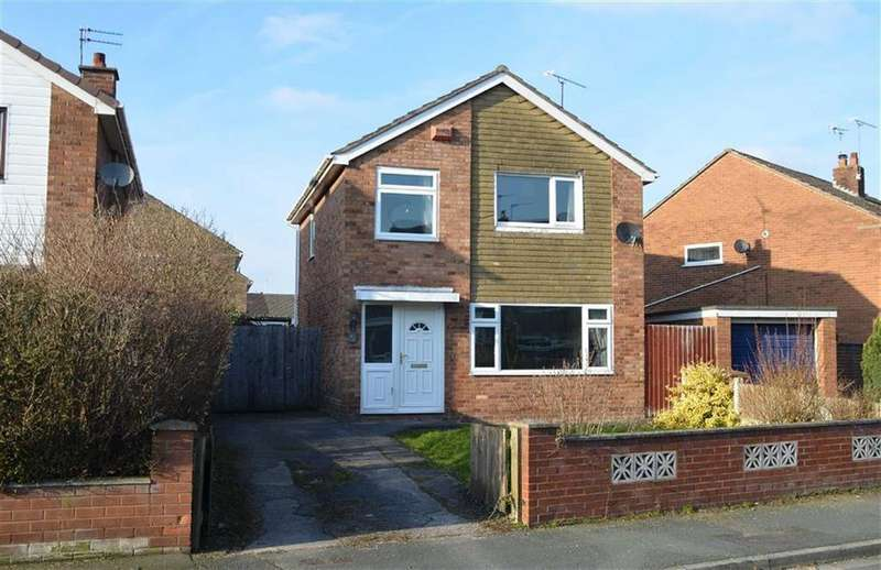 3 Bedrooms Detached House for sale in Websters Lane, Great Sutton, CH66