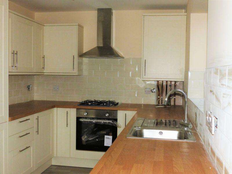 3 Bedrooms Semi Detached House for sale in Hill Street, Walsall