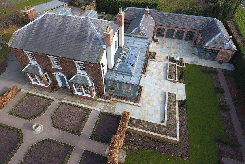 6 Bedrooms Detached House for sale in High Street, Gringley on the Hill, Doncaster