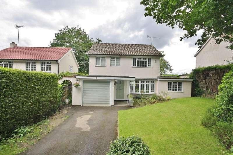 3 Bedrooms Detached House for rent in St. John's, Surrey