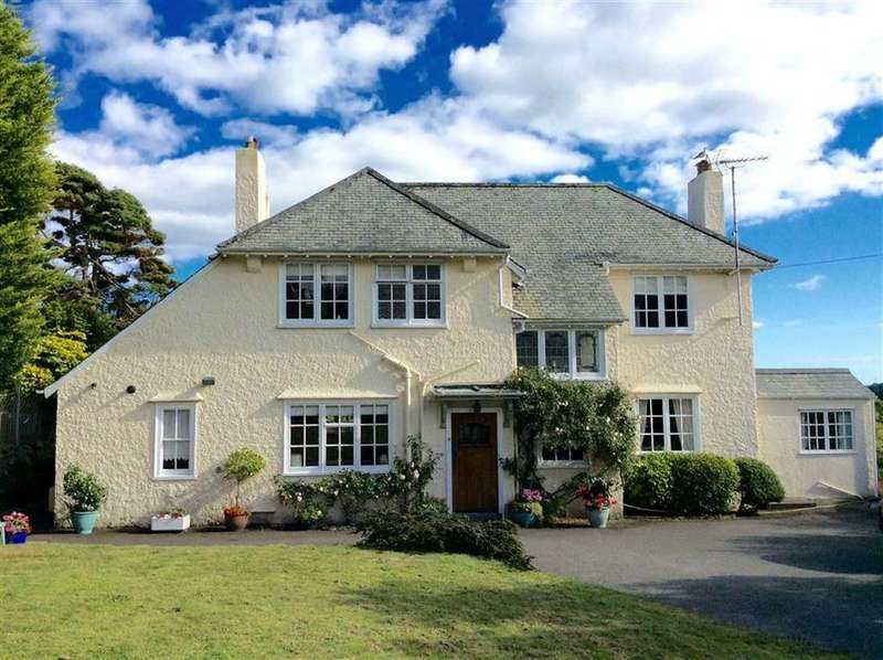4 Bedrooms Detached House for sale in Southpark Road, Tywardreath, Par, Cornwall, PL24
