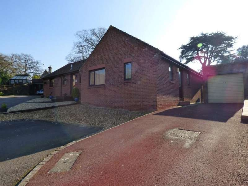 2 Bedrooms Semi Detached Bungalow for sale in Cheyney Walk, Westbury