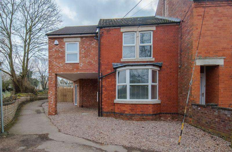4 Bedrooms House for rent in Manor Lane, Wymington