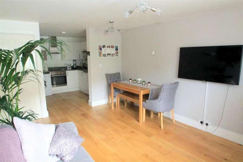1 Bedroom Flat for sale in Tanyard Lane, Steyning