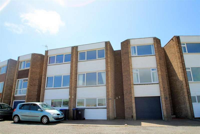 4 Bedrooms House for rent in Harbour Way, Shoreham-By-Sea