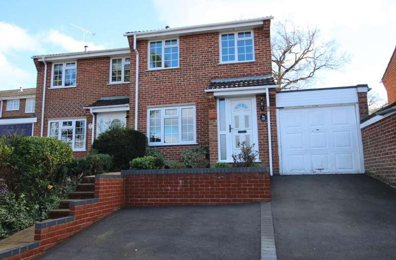 3 Bedrooms Semi Detached House for sale in HYTHE
