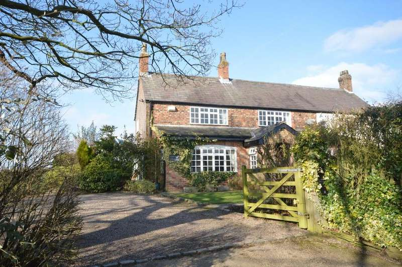 3 Bedrooms Semi Detached House for sale in Higher Whitley, Warrington