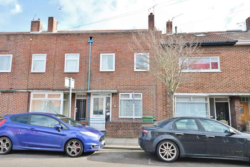 3 Bedrooms Terraced House for sale in Bath Road, Southsea