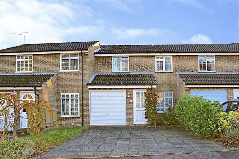 3 Bedrooms Terraced House for sale in Crofton Close, Forest Park, Bracknell, Berkshire