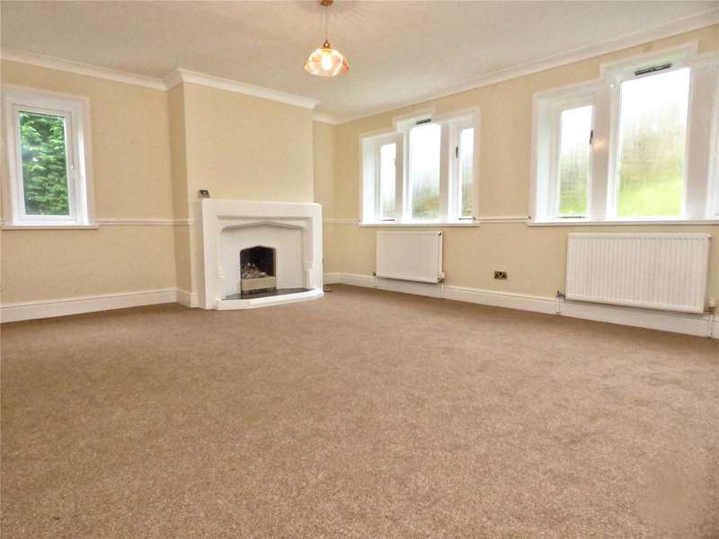 4 Bedrooms Detached House for sale in Edgeside Lane, Waterfoot, Rossendale, Lancashire, BB4