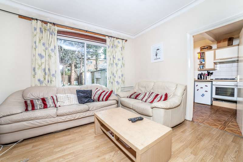 5 Bedrooms Terraced House for rent in Thurleigh Avenue, Clapham South, London SW12
