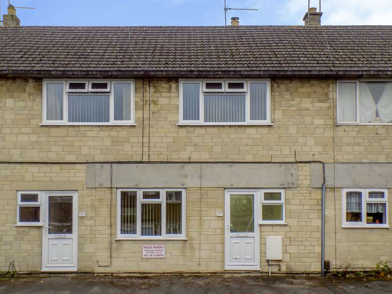 2 Bedrooms Property for sale in Royal Wootton Bassett