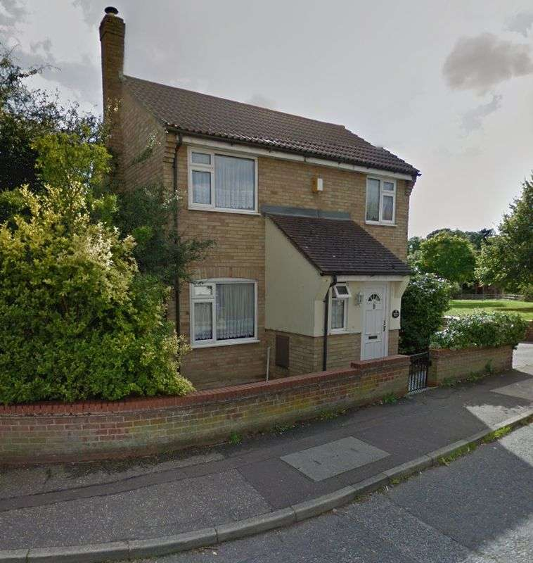 3 Bedrooms Property for sale in Berkley Close, Colchester