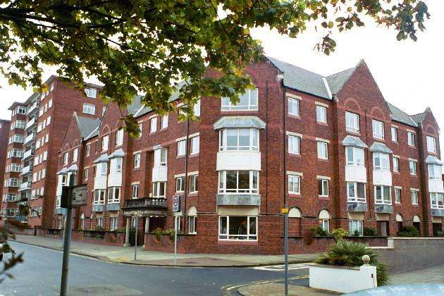 1 Bedroom Retirement Property for sale in Lord Street, Southport, PR8 1QD