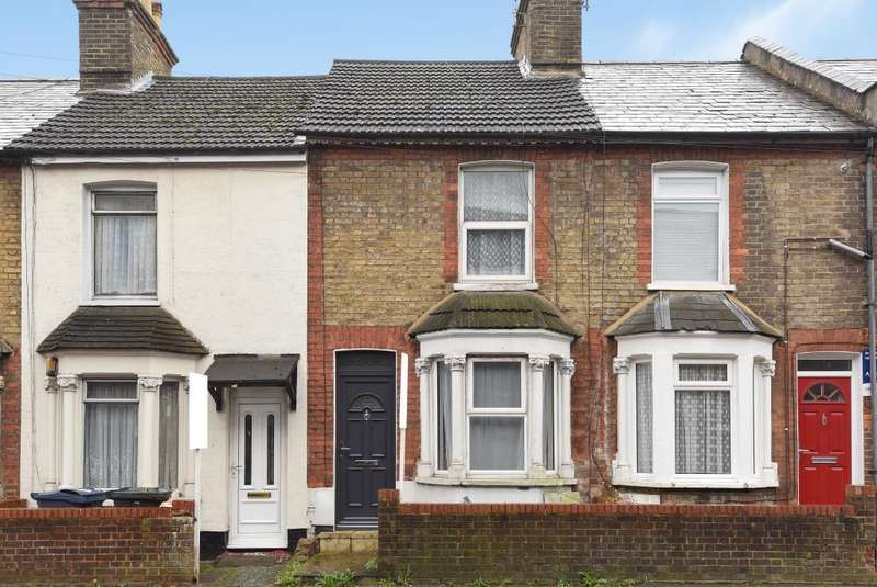 4 Bedrooms House for rent in Green Street, High Wycombe, HP11