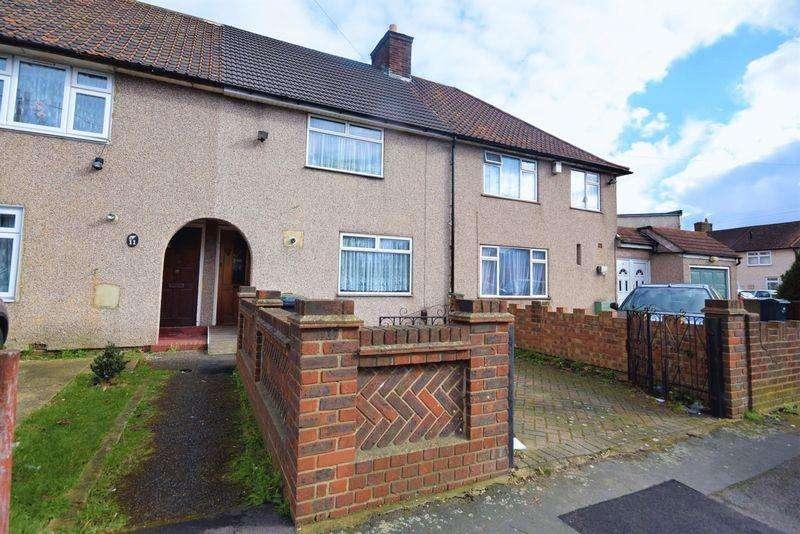 2 Bedrooms Terraced House for sale in Romsey Road, Dagenham