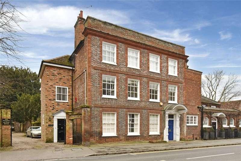 2 Bedrooms Unique Property for rent in West Street, Marlow, Buckinghamshire, SL7