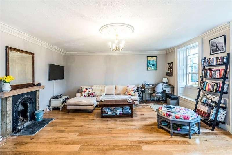 1 Bedroom Flat for sale in Portway House, Portway, Warminster, Wiltshire