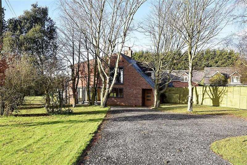 3 Bedrooms Barn Conversion Character Property for rent in Barncroft Farm, Woodend Lane, Mobberley