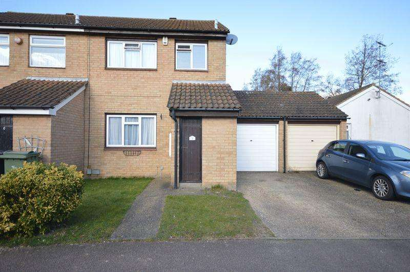 3 Bedrooms Semi Detached House for sale in Fensome Drive.