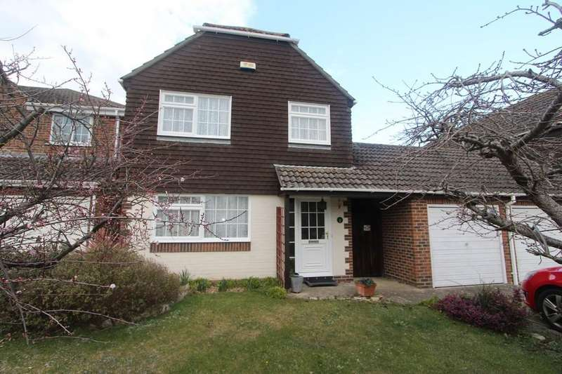 4 Bedrooms Link Detached House for sale in MUDEFORD