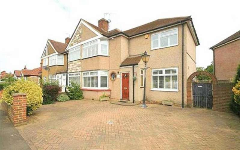 4 Bedrooms End Of Terrace House for sale in Parkfield Road, Feltham, TW13
