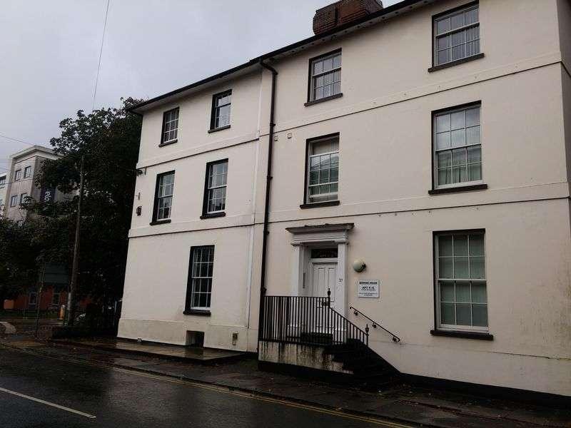 1 Bedroom Property for sale in London Road, Newbury